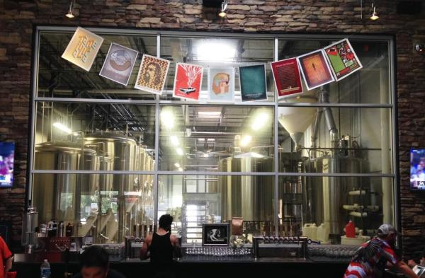 Jailbreak Brewing Company bar