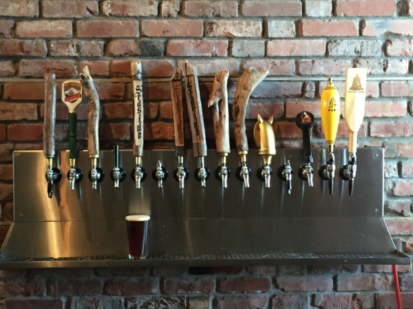 Seaside Brewing Company taps
