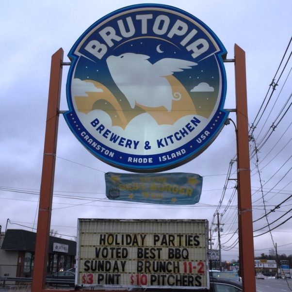 Brutopia Brewery and Kitchen sign2