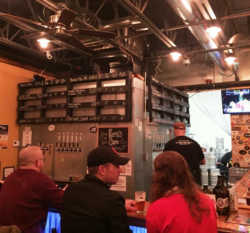 Tin Cannon Brewing Company bar